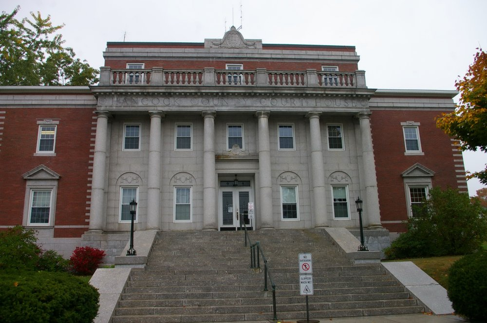 maine court house isps sue state for protecting internet privacy