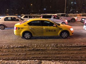 Uber_taxi_in_Moscow