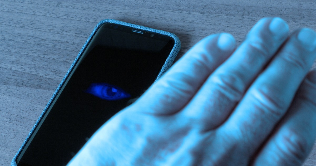 Survey finds 85% of smartphone users believe they're being spied on by a mobile app